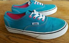 VANS Off the Wall BLUE kids size 2.5 lo top sneakers/skate shoes BOY/GIRL