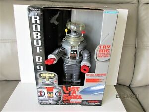 Vintage B9 Lost In Space Robot by Trendmasters Battery Operated Boxed.