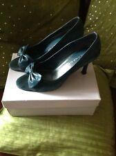 Ladies size 5.Roland Cartier.Petrol blue suede,peep toe stiletto shoes.Bow trim