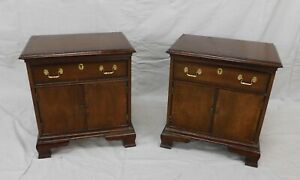 PAIR OF COUNCILL CRAFTSMAN CHIPPENDALE STYLE SOLID MAHOGANY NIGHTSTANDS