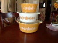 Vintage PYREX Butterfly Gold Casserole Dishes with (2) Lids 473 474 475