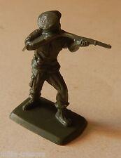 FIGURINE publicitaire Soldat BONUX avec fusil - PARACHUTISTE au COMBAT
