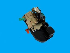 DODGE RAM 2002-2008   1500 2500 DRIVERS SIDE LEFT FRONT DOOR LATCH LOCK ACTUATOR