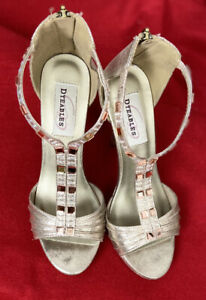 Dyeables Riley Champagne  Prom/Pageant Shoes Size 7