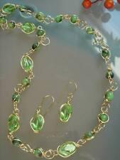 Kette mit Jade und  funkelnd grünen Kristallen, 585 Gold Filled
