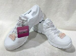 Skechers Women's Gratis Missions White/Navy/Red Women's Shoes-Assorted Sizes NWB