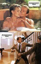 JAMES BOND 007   DANGEREUSEMENT VOTRE  MOORE 10 PHOTOS CINEMA / LOBBY CARDS 1985