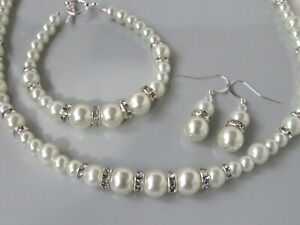White Pearl Necklace Bracelet and Earring set   (ga31a)