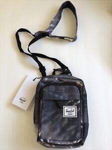 New Herschel Designer Shoulder Pack Sport Gym Active Travel Bag Sack Gray Wash