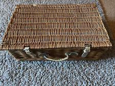 Picnic Hamper Wicker Basket Set - For 4 People