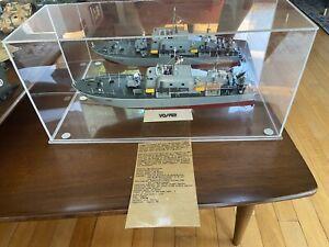 PRO BUILT 1/72 Tamiya Vosper Fast Patrol Boat, Viet Nam Era 79001 W/DISPLAY CASE