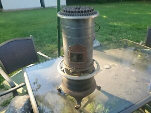 Vintage Cast Iron No. 3 BARLER (Ideal) HEATER CO. kerosene Heater Gosher, Ind.