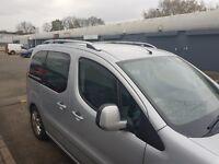 VW Caddy Maxi 2004+ Rieles de techo de aluminio - portaequipajes .