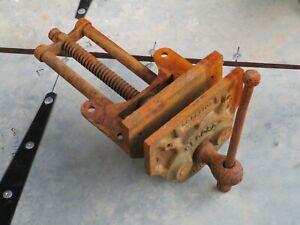 RECORD  No 52 WOOD Mechanics Bench Vice England  needs refurb