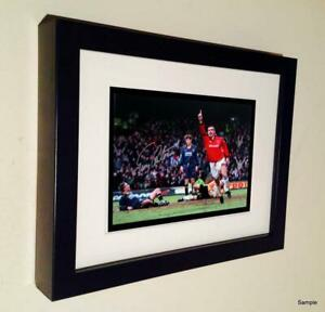 7x5 Signed Eric Cantona Manchester United Autographed Photo Picture Frame 3