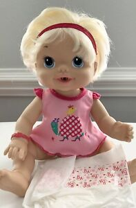 BABY ALIVE 2010 Interactive DOLL Wets n Wiggles Kicks Feet Laughs ~ No Sippy Cup