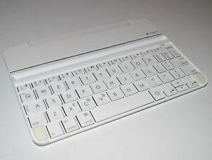 Logitech Ultrathin Keyboard - White & Silver & Lacdo Pouch (iPad Mini 1, 2, & 3)