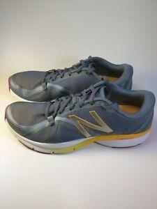 New Balance Cross Trainer Size 9.5 Women  Running Shoes Sneakers Grey [WX88GI]
