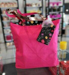 """LANCOME HOT PINK TOTE SHOPPING BEACH BAGS W/SMALL FLORAL MAKEUP BAGS 16*15*2"""""""