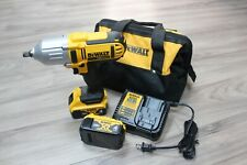 """Dewalt DCF889HM2 1/2"""" Impact Wrench w/ Hog Ring Anvil w/2 Batts, Charger and Bag"""