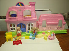 FISHER PRICE SWEET SOUNDS HOME DOLL HOUSE WITH 14 ACESSORIES
