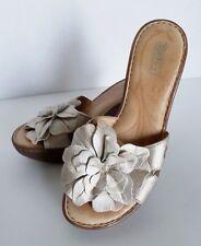 Born Open Toe Wedge Heel Size 7 1/2 Women's Shoe Metallic Flower Floral Pattern