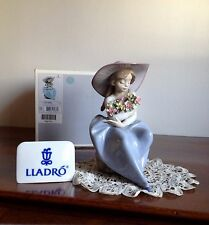 Lladró Figure - Fragrant bouquet(05862) - Original box - NEW