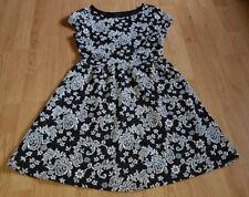 Gorgeous black white floral NEW LOOK short sleeve skater dress size 10