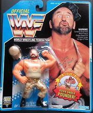 Figura WWF Hasbro Bushwhacker Butch (Militar) Series 10 Tarjeta Azul Oscura MOC
