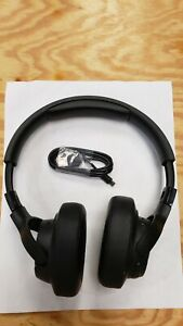 JBL Tune750BTNC Black Wireless Noise Canceling Headphones