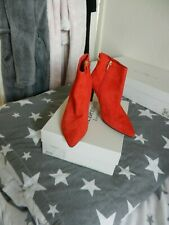 L.K.Bennett Coral suede ankle boots.( EFFIE) Used/excellent condition. Size 39.