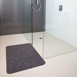 Conni Absorbent Anti-Slip Floor Mat