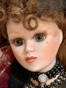 Vintage Franklin Mint Maryse Nicole My Darlin' Lil Porcelain Doll Ltd. Edition