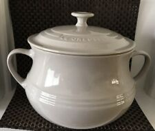 Le Creuset Large Stoneware 3.8L Bean Pot / Casserole Dish with Lid -DUNE (NEW)