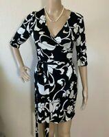 White House Black Market Floral Dress Size XS