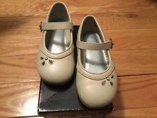 """Stride Rite Girls Mary Jane """"Valerie"""" Bone PearlLeather Dress Shoes Size: 8 M"""