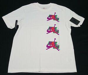 Nike Men's Air Jordan Logos Classics T-Shirt  White CN3323-102