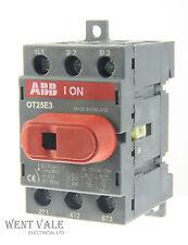 ABB 0t25e3 - 32A triple pole panel mount commutateur disconnector un-used