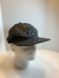 New Era 59FIFTY MLB New York Yankees Black/silver Paisley Fitted Cap Hat Sz.7.25