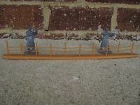 BMC WWII D-Day Barbed Wire Fence Sections 1/32 54MM Toy Solider Diorama