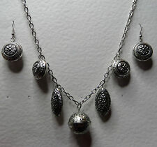 "VINTAGE STYLE CHUNKY CHARMS DARK SILVER PLATED CHAIN NECKLACE SET 24"" 60 cm"