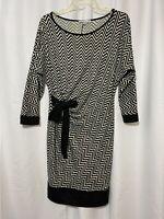 Annalee + Hope Women's Black White Chevron Stretch Knit Shift Dress Size 10 Med