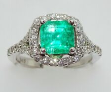14k WHITE GOLD DIAMONDS AND EMERALD RING