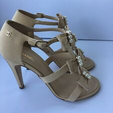 CHANEL SHOES SANDALS BEIGE FABRIC WITH BOWS AND PEARLS  39 1/2 NIB
