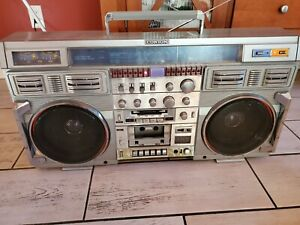 Conion C-100F Vintage Boombox Ghetto Blaster Good condition Japan