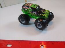 Hot Wheels 2004 Grave Digger Monster Jam 1/64 Scale