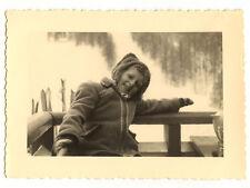Enfant sport d'hiver neige - photo ancienne amateur an. 1940 50
