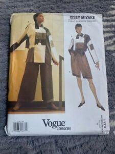 VOGUE 1179 ISSEY MIYAKE Designer Original TOP Shorts PANTS PATTERN Size 10