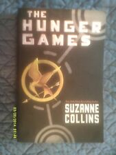 Suzanne Collins - The Hunger Games (# 1 in the trilogy) (2010) - Paperback