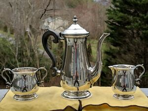 Lunt 621-D Paul Revere 1768 .925 Sterling Silver Coffee Pot, Creamer & Sugar Set